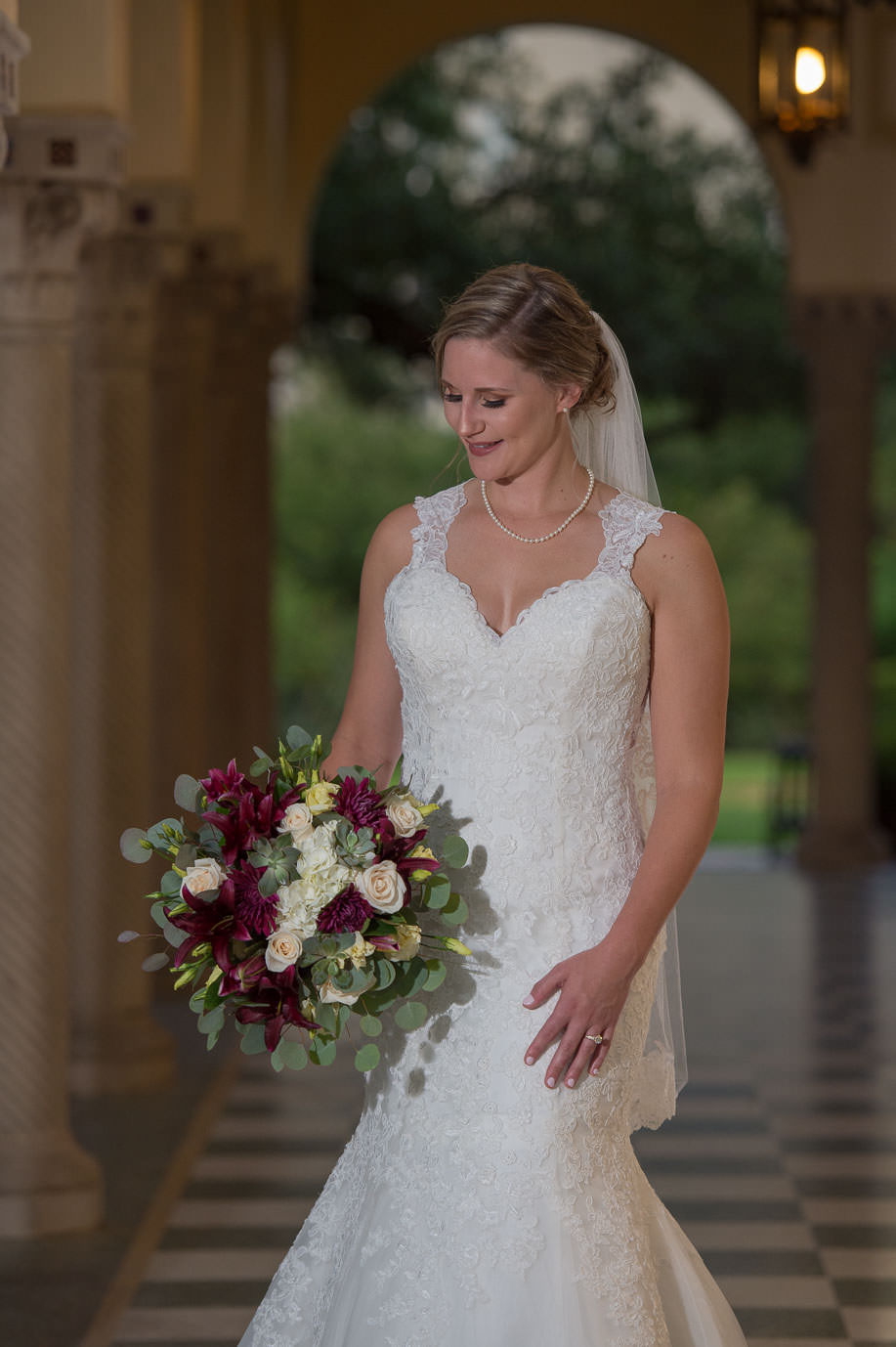 san antonio bridal portraits landa library san antonio wedding photographers _4S15837