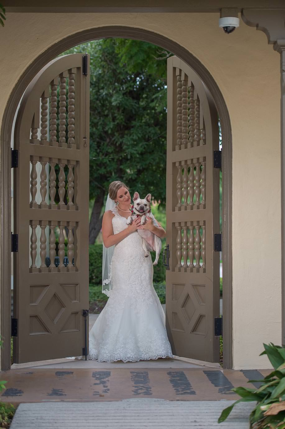 san antonio bridal portraits landa library san antonio wedding photographers _4S15872