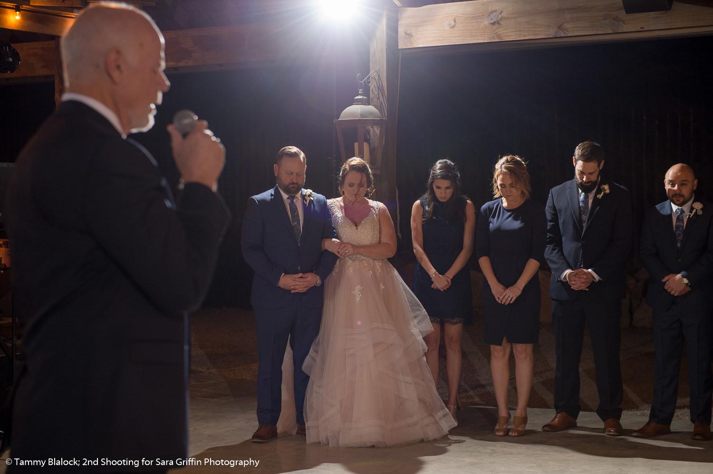 gruene estate wedding in new braunfels texas hill country wedding by san antonio wedding photographers _4S21469