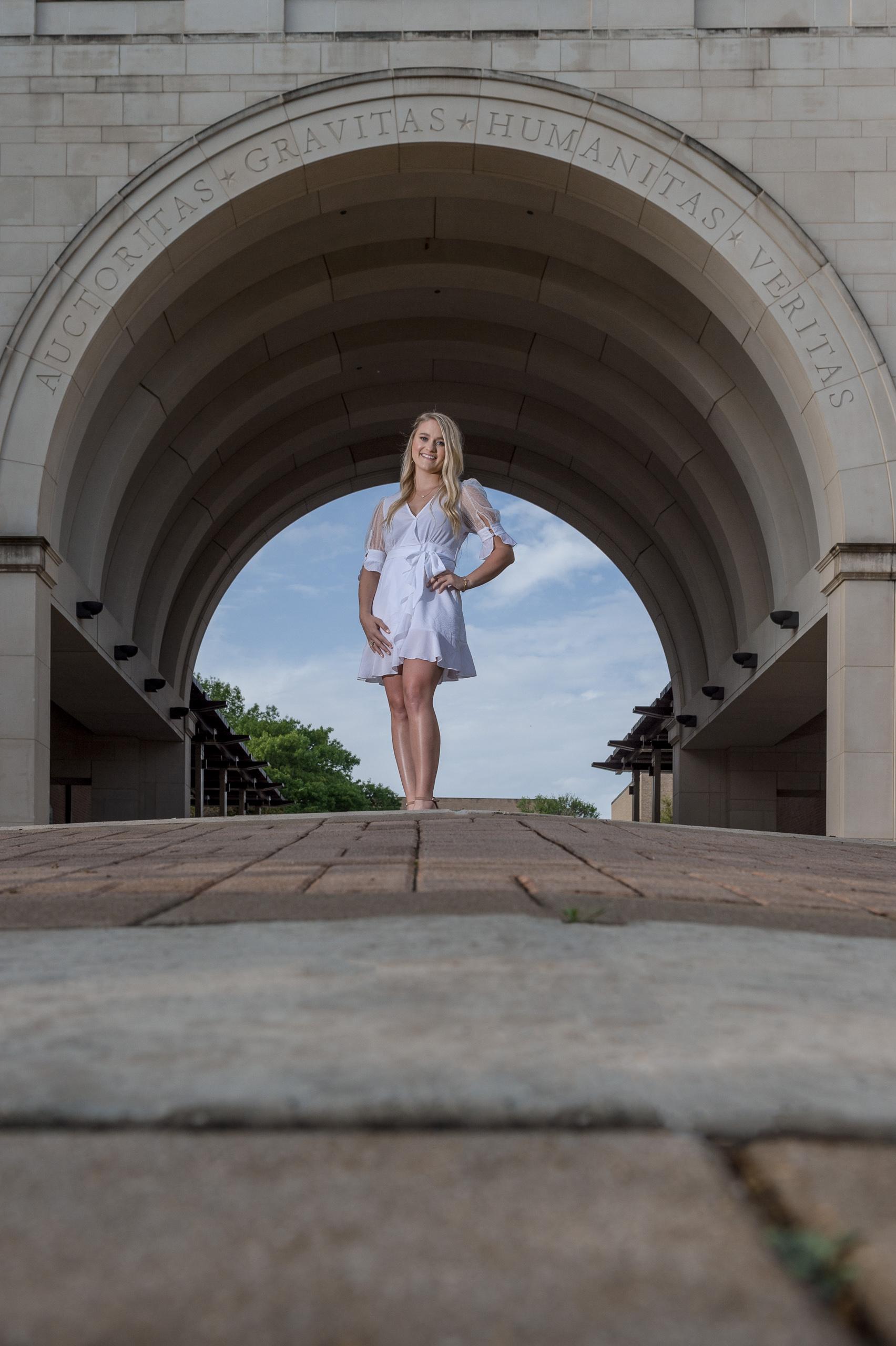 texas-state-university-senior-portrait-session-san-marcos-tx-_4S26506-Edit