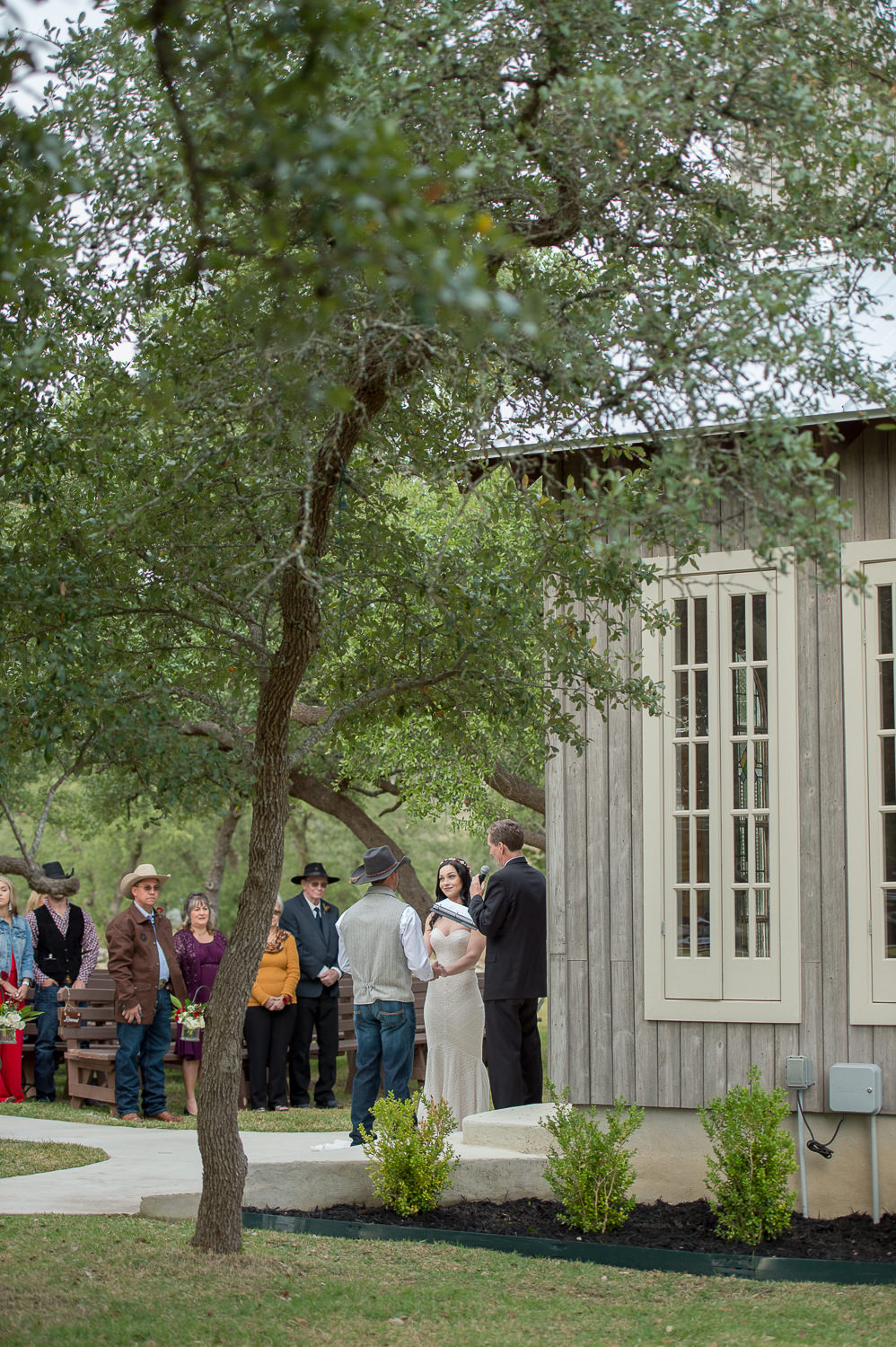firefly-farm-hill-country-wedding-wimberley-texas-_4S10752