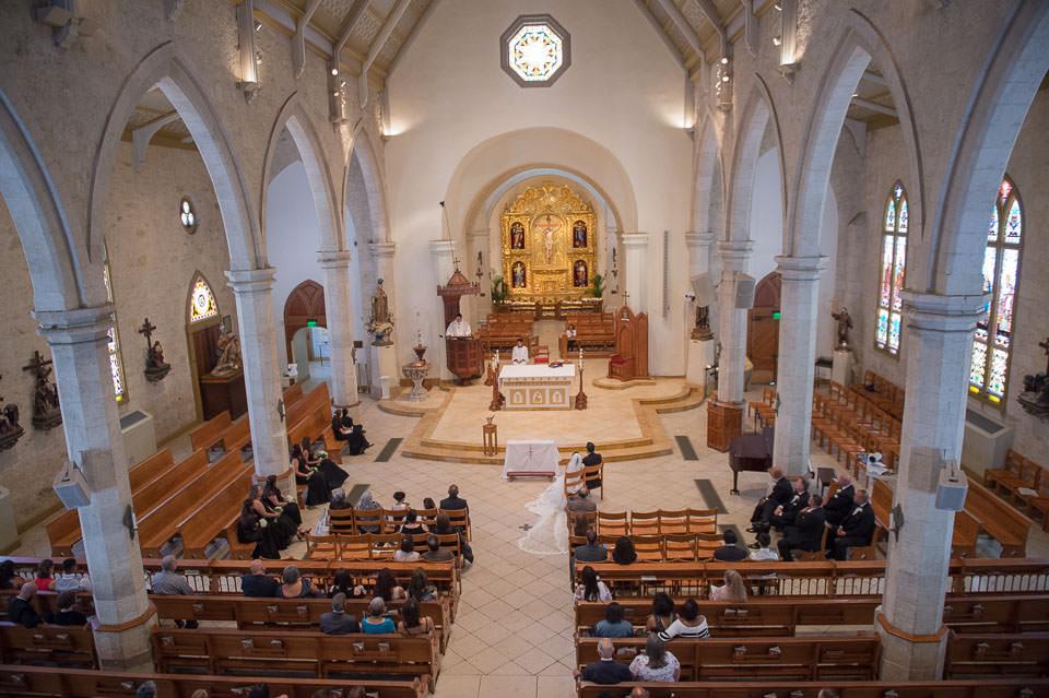 san fernando cathedral wedding downtown san antonio wedding photographers _4S21130