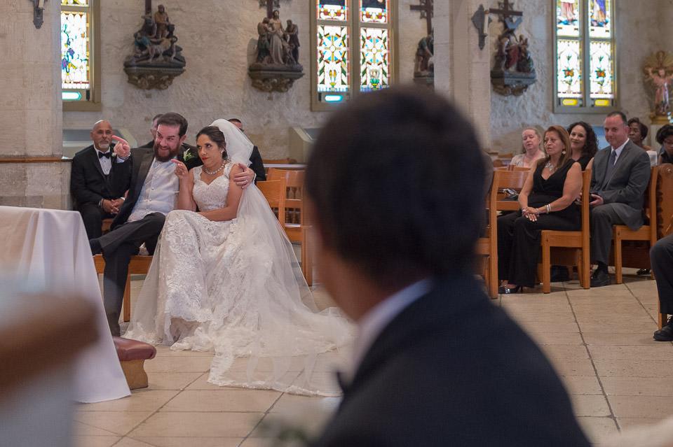 san fernando cathedral wedding downtown san antonio wedding photographers _4S21154