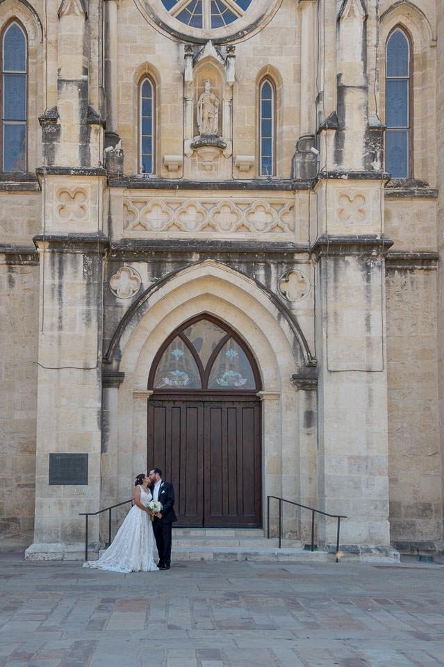 san fernando cathedral wedding downtown san antonio wedding photographers _4S21325